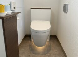【施工事例】お掃除が楽になる!壁掛トイレ